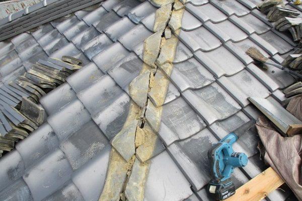 千葉県市原市 瓦屋根・漆喰工事 棟のずれ・積み直し 割れた瓦の補修 (3)