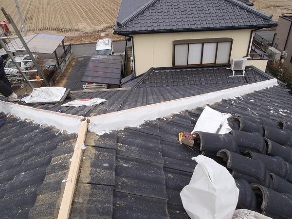 千葉県市原市 瓦屋根・漆喰工事 棟瓦取り直し工事 瓦屋根でメンテナンスが必要なケース (1)