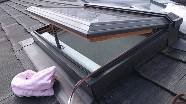 千葉県市原市 屋根塗装 天窓改修工事 雨漏り ゴムパッキンの劣化 (2)